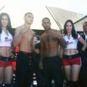Pesaje Oficial: Carlos Ocampo148.5 lbs vs  Charly Navarro 148.5 lbs
