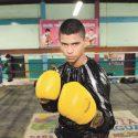 Keyvin Lara noqueado por el campeón de la AMB Kazuto Ioka en round 11