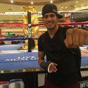 """""""Zurdo"""" Ramírez arribó a Las Vegas para estar presente en el Crawford vs. Postol"""