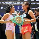 """Pesaje Oficial: Ibeth """"La Roca"""" Zamora 48.5 kg vs. Esmeralda """"La Joya"""" Moreno 49 kg"""